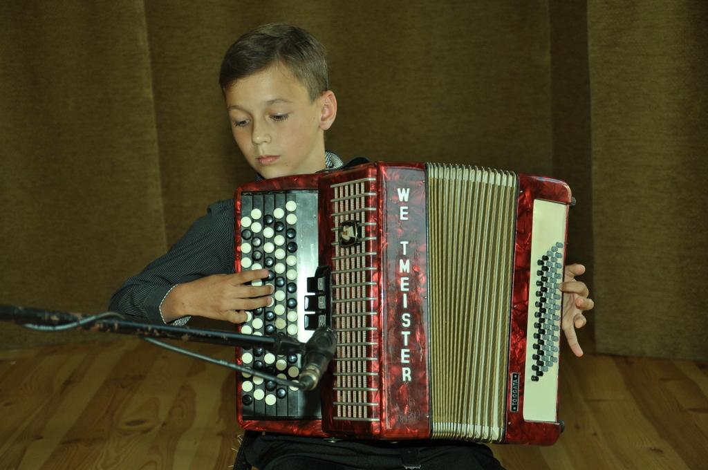 32 - Mikołaj Wańkowicz