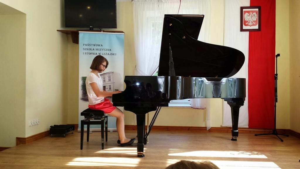 Popis pianistów ze szkół muzycznych z Leżajska i Sokołowa Młp.