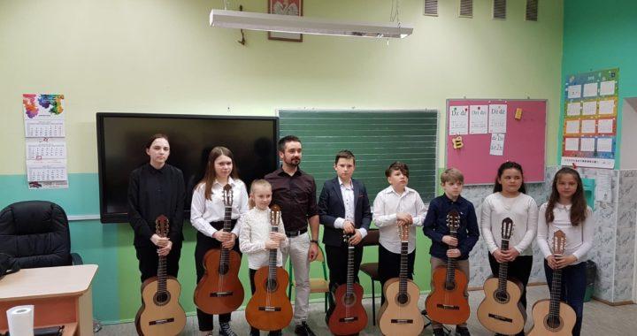 Audycja klasy gitary Krzysztofa Przybyło – 30.04.2019