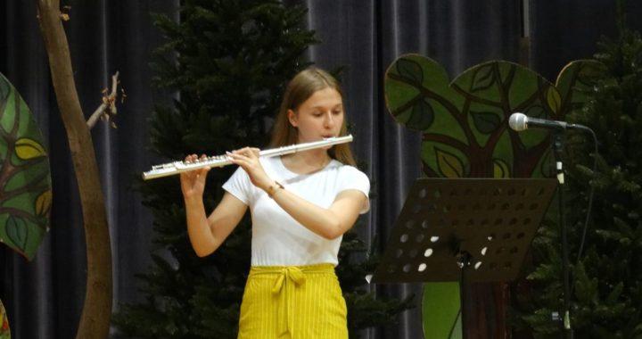 Relacja fotograficzna z zakończenia roku szkolnego NSM I st.  w Żołyni